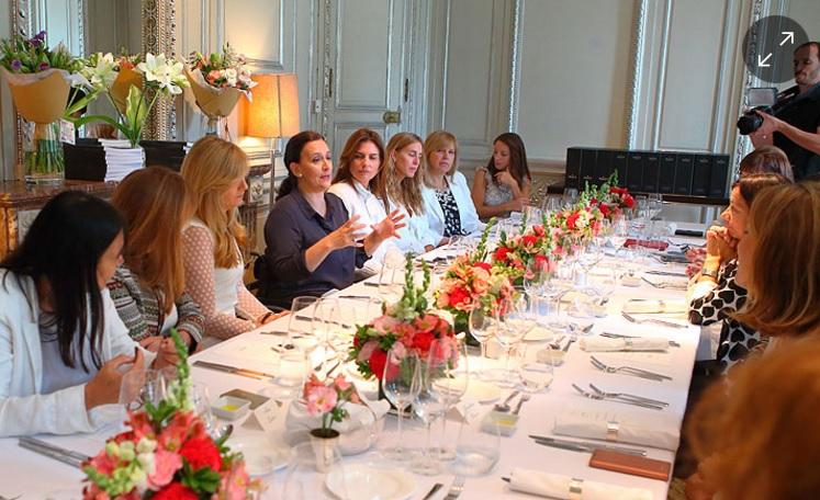 Michetti almorzó con mujeres líderes